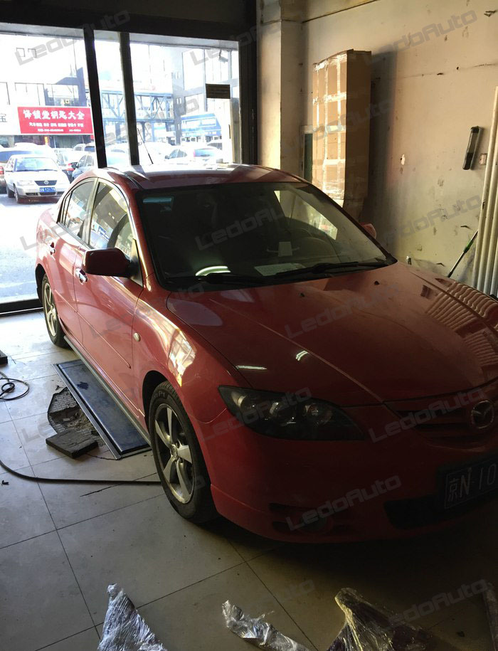 This Is A 2007 Mazda 3, We Are Going To Install G8 COB LED Headlight Bulbs  On The High Beam And Test The Light Beam.